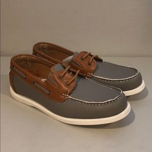 d745514d2 Brand New Men gray tan casual boat shoes 2 eye 9.5